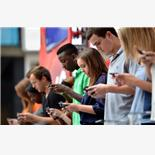 College students want smartphones over f...