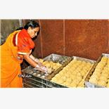 Tirumala temple to sell laddus at 50% di...