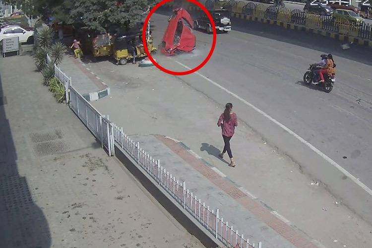 Video: Shocking CCTV footage shows car h...