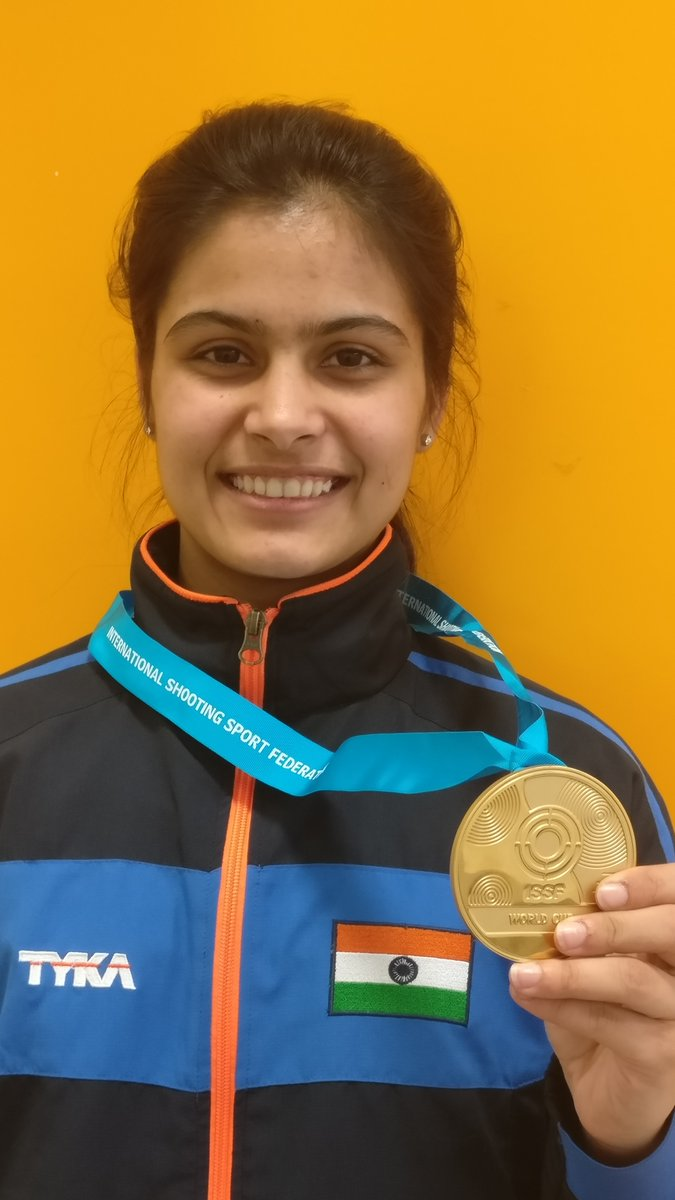 16 yrs old Manu Bhaker wins Gold in 10m ...