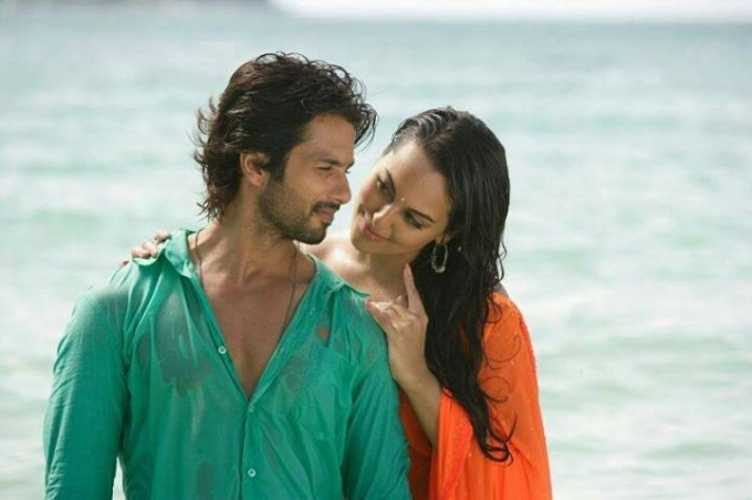 Rambo Rajkumar 2013 Full Bollywood Movie Shahid Kapoor Sonakshi Sinha
