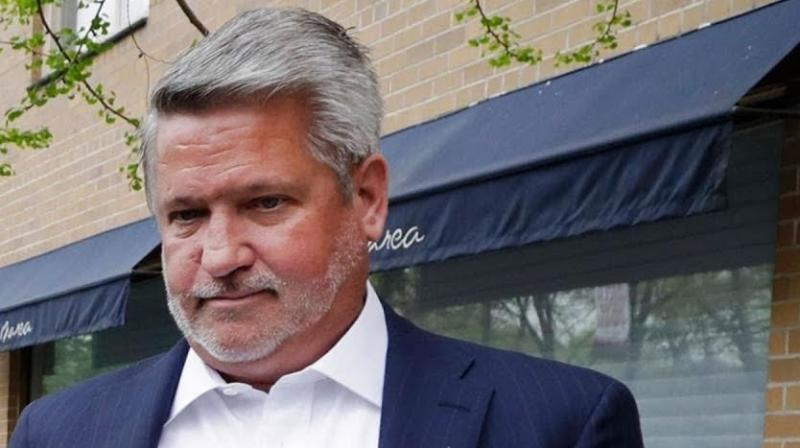 Bill Shine quits White House, to join Tr...